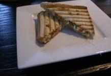 Tosti met Pesto en Mozzarella